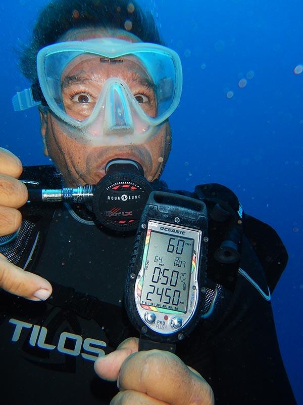 diver with gauge